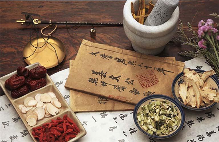 Bài thuốc chữa nám, dưỡng nhan của danh y Trần Kim Thu đã giúp nhiều hoàng hậu, quý phi thời Lê có được nhan sắc trẻ mãi không già.