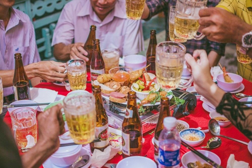 Mẹo giải rượu và tránh bị say khi uống rượu bia dịp Tết