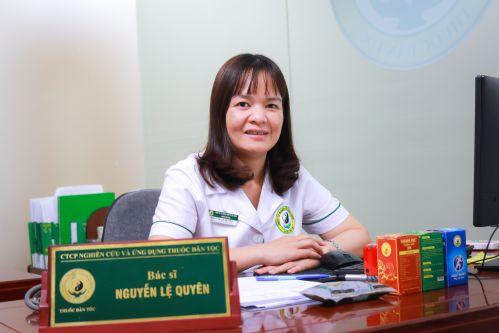 Bác sĩ Nguyễn Thị Lệ Quyên - Trưởng khoa xương khớp tại Trung tâm Nghiên cứu và Ứng dụng Thuốc dân tộc