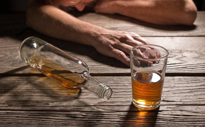 Nghiện rượu là nguyên nhân hàng đầu gây nhiễm độc thần kinh