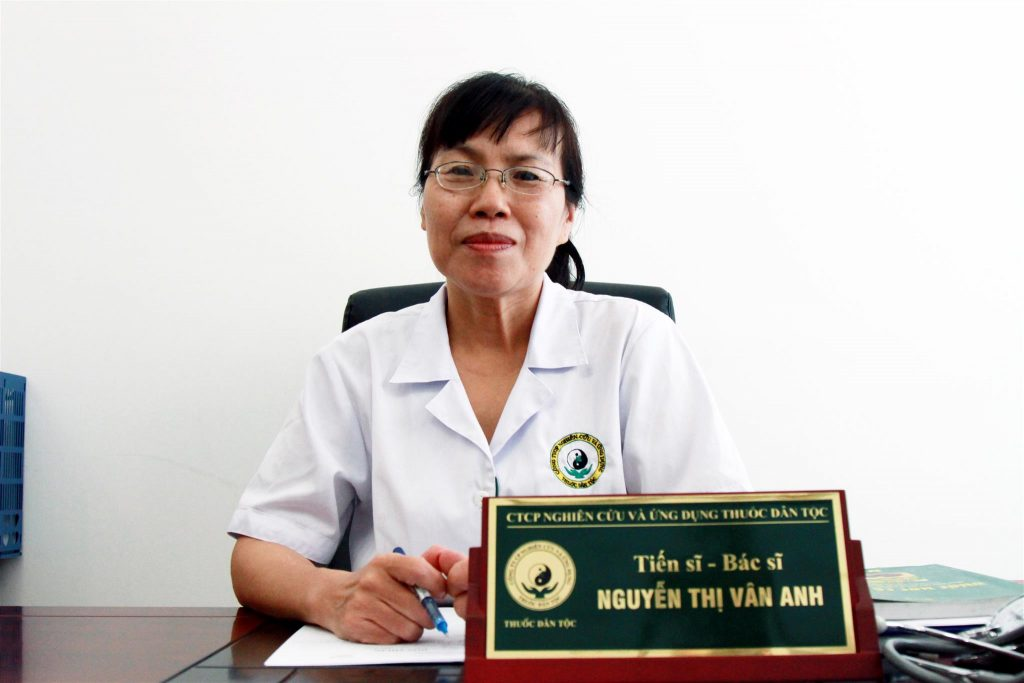 Hành trình chữa bệnh không dùng thuốc của bác sĩ Nguyễn Vân Anh cho hàng ngàn bệnh nhân