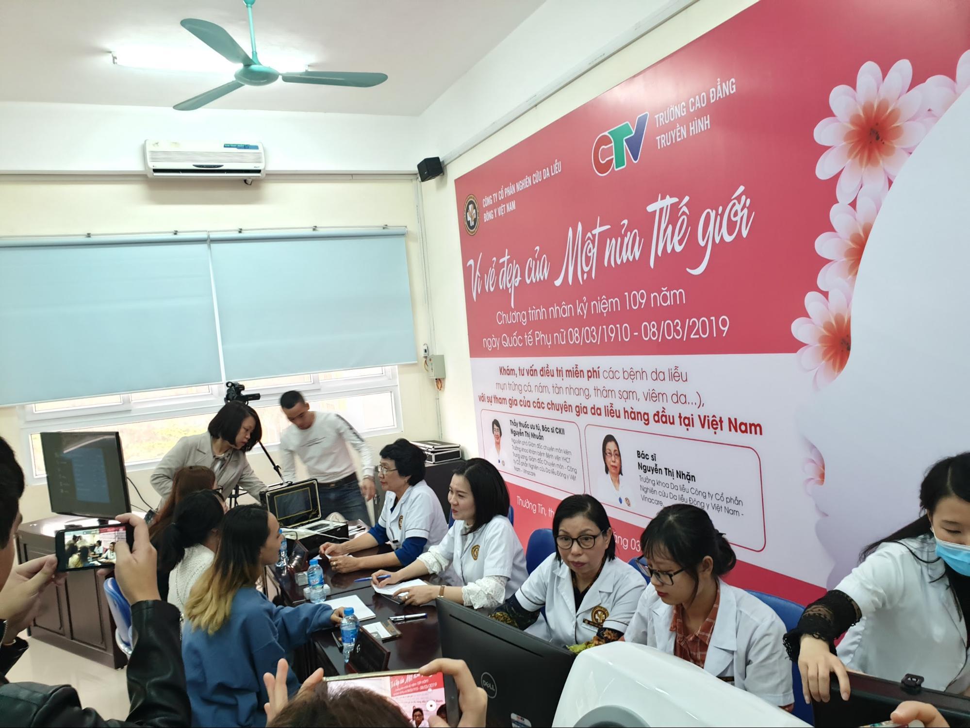 Công ty CP Nghiên cứu Da liễu Đông y Việt Nam đồng hành cùng sinh viên trong sự kiện Vì vẻ đẹp của một nửa thế giới