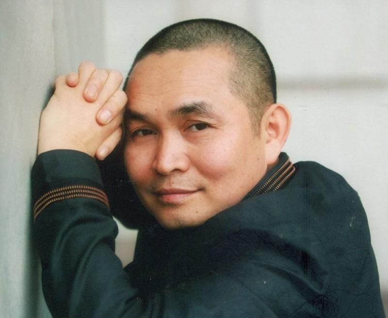 Nghệ sĩ Xuân Hinh tiếp nhận thăm khám và điều trị bệnh cơ xương khớp tại nhà thuốc Đỗ Minh Đường