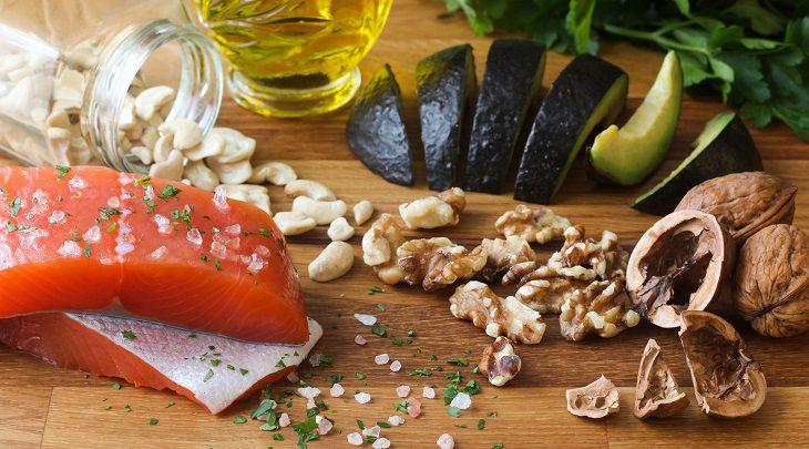 Người bệnh vẩy nến á sừng nên bổ sung thực phẩm giàu Omega 3 trong bữa ăn hàng ngày
