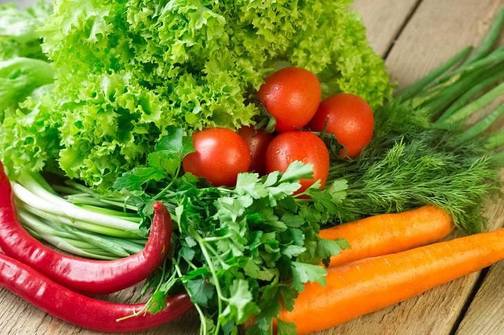 Các loại rau củ bổ sung nhiều chất xơ, vitamin giúp phục hồi tổn thương da và tăng cường đề kháng
