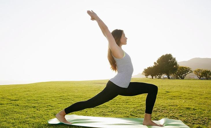 Tập yoga để giảm căng thẳng, stress