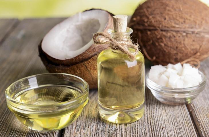 Công dụng của dầu dừa trong chữa trị á sừng