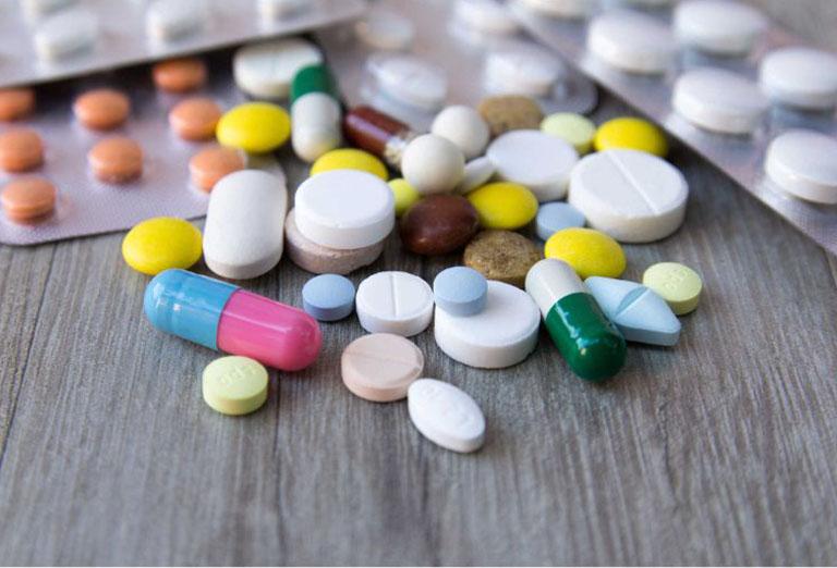 Có thể chữa mề đay cholinergic bằng thuốc Tây y nhưng cần lưu ý tới tác dụng phụ