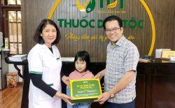 NSND Trần Nhượng bày tỏ sự vui mừng khi đưa cháu đến Thuốc dân tộc chữa dạ dày HP thành công