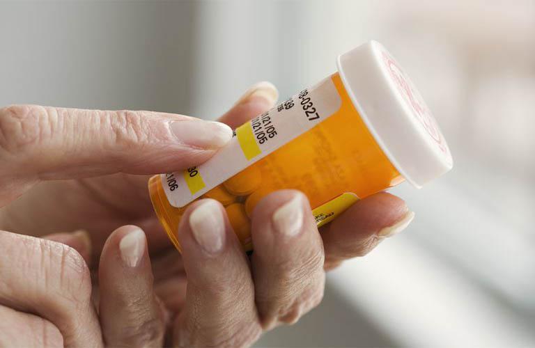 Thuốc trị mẩn ngứa Corticosteroid cần sử dụng theo đúng phác đồ của bác sĩ