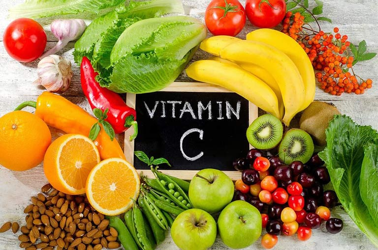 Người bị phong ngứa nên bổ sung rau củ quả giàu vitamin D, E, C