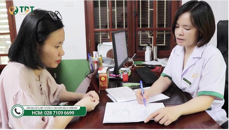 Bác sĩ Lệ Quyên là người trực tiếp thăm khám và đồng hành cùng Linh trong suốt thời gian điều trị