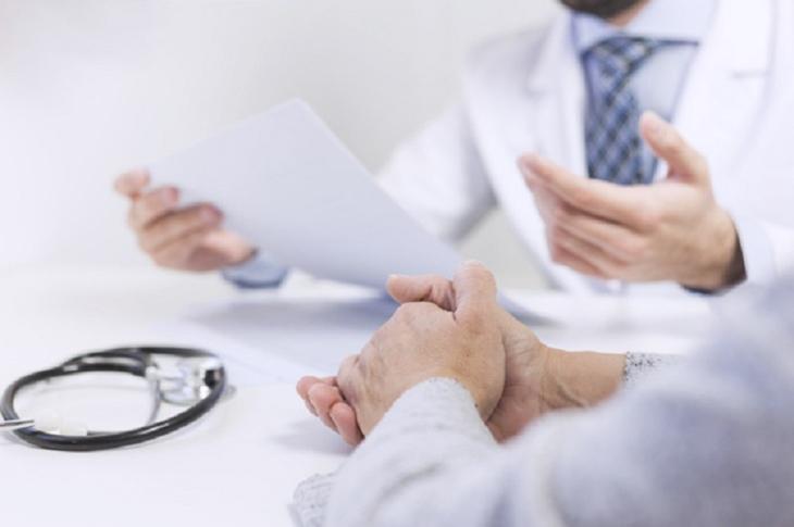 Nam giới nên đến các cơ sở y tế để được chẩn đoán bệnh chính xác