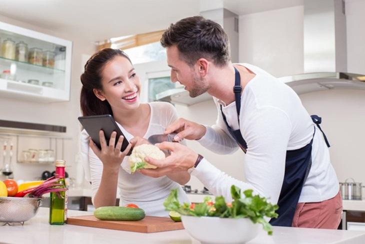 Một chế độ dinh dưỡng phù hợp sẽ giúp hỗ trợ điều trị bệnh hiệu quả