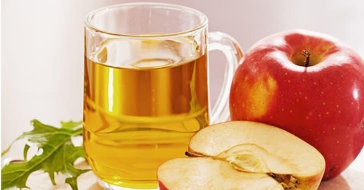 Pha loãng nước giấm táo để uống cũng là phương pháp trị liệu tốt