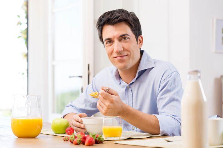 Ghi nhớ chế độ dinh dưỡng cho nam giới bị yếu sinh lý là điều cần thiết