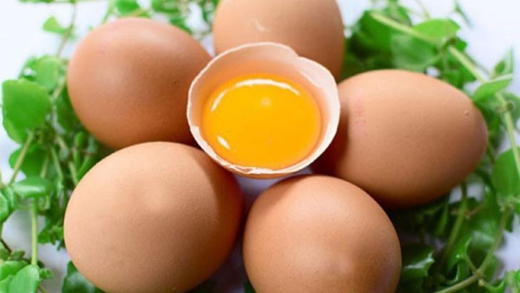 Lòng đỏ trứng có công dụng làm mềm da cực tốt