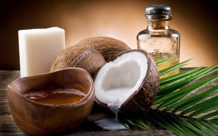 Dầu dừa kết hợp lá trầu không giúp hiệu quả chữa bệnh nhanh hơn