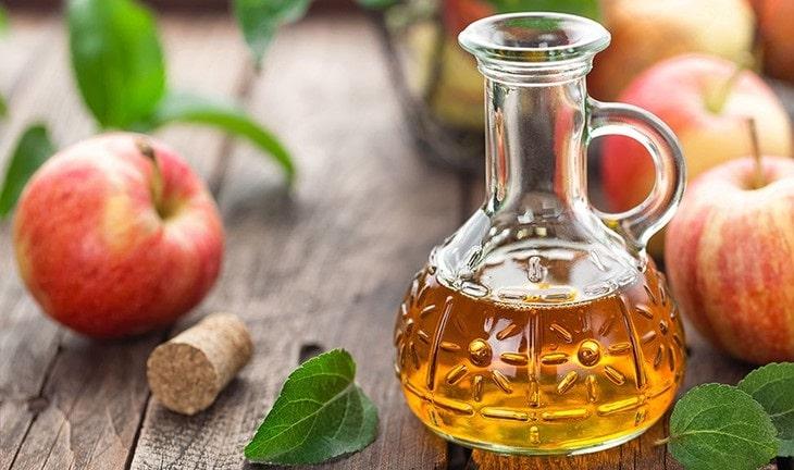 Làm sạch da, ngừa vi khuẩn nhờ giấm táo