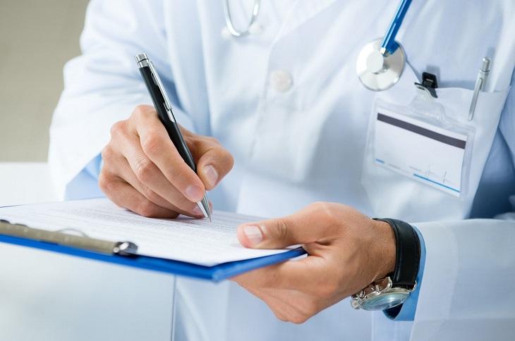Thăm khám, chẩn đoán bệnh sớm để điều trị