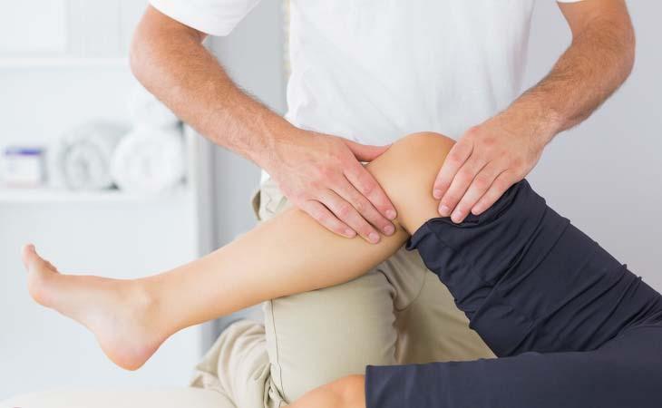Xoa bóp huyệt giúp cải thiện cơn đau khớp gối