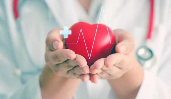 Day bấm huyệt thường xuyên giúp ổn định huyết áp