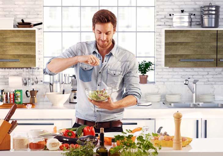 Chế độ dinh dưỡng rất quan trọng cho sức khỏe quý ông