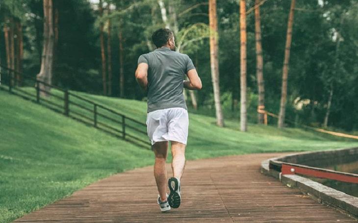 Vận động thường xuyên tăng cường sức khỏe