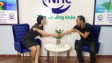 Master Coach Bùi Thị Hải Yến cam kết đồng hành cùng khách hàng Đào Mạnh Hùng sau quá trình trị liệu thành công tại Trung tâm