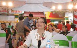 Nghệ sĩ Kim Xuyến - gương mặt quen thuộc với khán giả Việt Nam