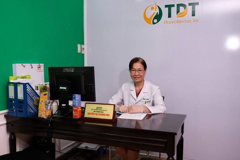 Bác sĩ Phương Mai công tác tại Thuốc dân tộc Phú Nhuận
