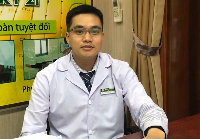 Bác sĩ Tùng - Tinh thông y thuật Đông và Tây y