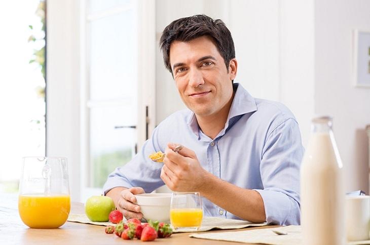 Chế độ dinh dưỡng phù hợp giúp đẩy lùi tình trạng tinh trùng loãng và phục hồi bản lĩnh phái mạnh