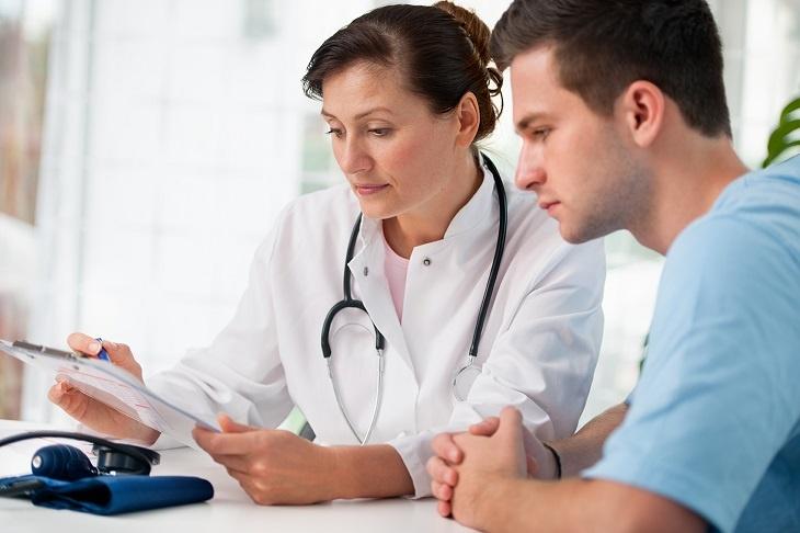 Sớm thực hiện các phương pháp điều trị sẽ giúp phái mạnh tránh được các tác động tiêu cực không đáng có