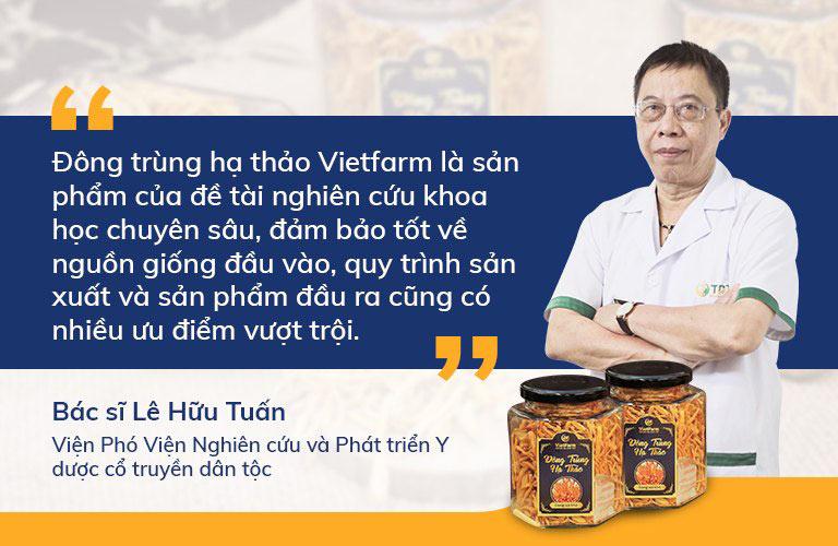 Viện phó Viện nghiên cứu và phát triển Y dược cổ truyền dân tộc đặc biệt ấn tượng với thương hiệu Vietfarm