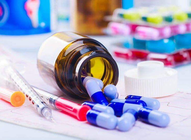 Các loại thuốc Tây đôi khi cũng được bác sĩ chỉ định