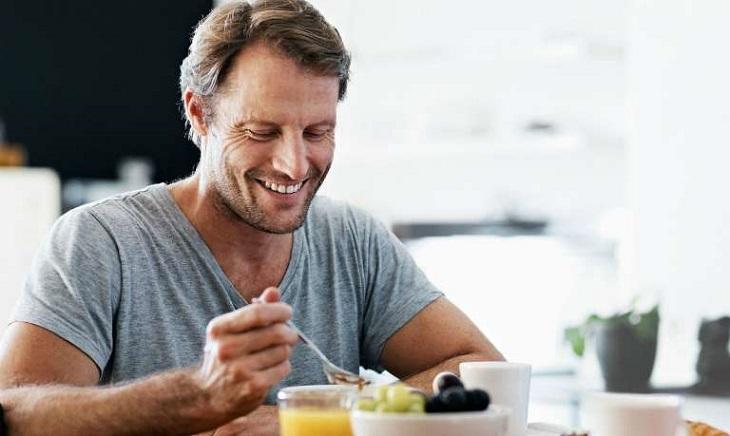 Chế độ dinh dưỡng đảm bảo giúp phái mạnh nhanh chóng lấy lại khả năng sinh lý sung mãn