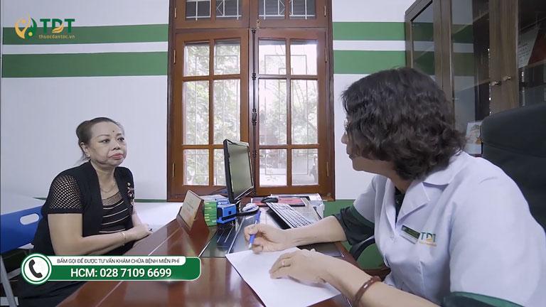 NS Thu Hà điều trị bệnh dạ dày tại Trung tâm
