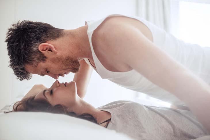 Nam giới nên xây dựng đời sống tình dục lành mạnh, khoa học