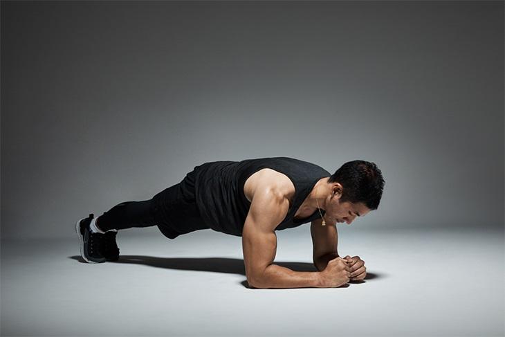 Bài tập Plank chữa di tinh đơn giản cho mọi quý ông