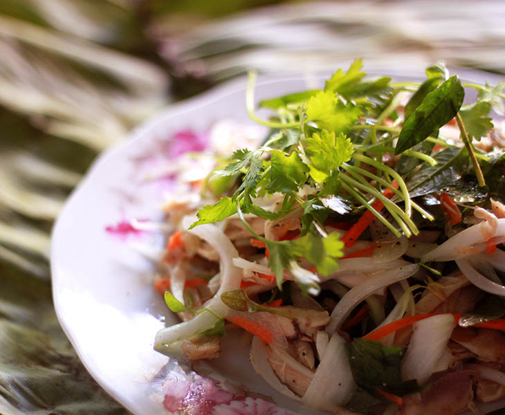 Món ăn gà trộn hành tây rất thơm ngon và bổ dưỡng