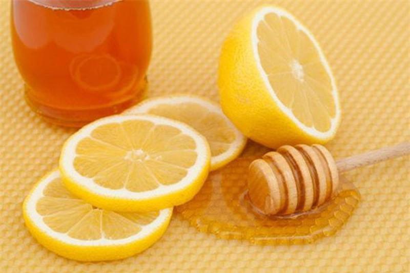 Cải thiện sinh lý nam giới với nước cốt chanh và mật ong