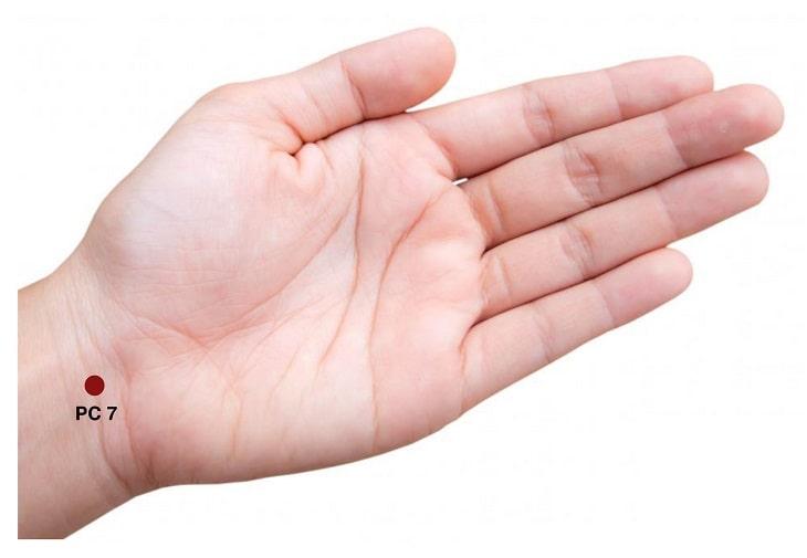 Huyệt Đại Lăng có rất nhiều tác dụng khác nhau chữa bệnh