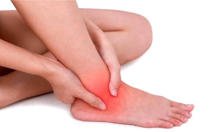 Khi tác động vào huyệt Bát Xung có thể điều trị được nhiều bệnh ở bàn chân