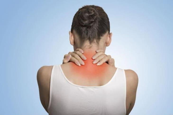 Tác động huyệt có thể chữa được nhiều bệnh liên quan đến vùng vai gáy