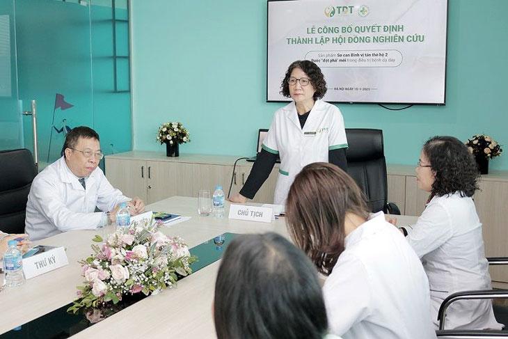 Bác sĩ Tuyết Lan đưa ra ý kiến và mục tiêu cho Sơ can Bình vị tán thế hệ 2
