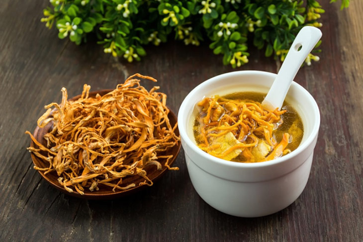 Thịt heo hầm trùng thảo là món ăn bổ dưỡng