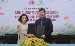 Buổi lễ ký kết hợp tác giữa Nhất Nam Y Viện và Vietfarm đã thành công tốt đẹp