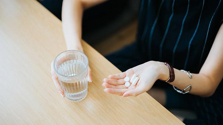 Có nhiều phương pháp điều trị giảm ham muốn ở nữ
