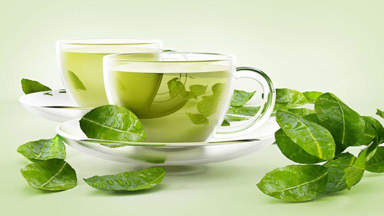 Điều trị mụn mủ an toàn tại nhà với trà xanh